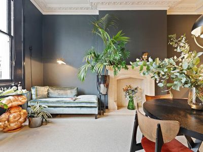 Photo for Boutique apt with Balcony near Notting Hill