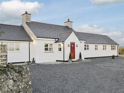 Photo for 3 bedroom property in Holyhead and Trearddur Bay. Pet friendly.