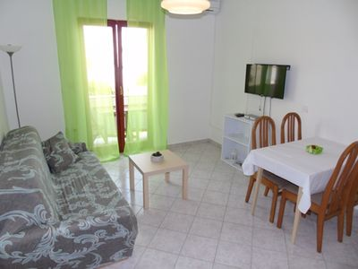 Photo for Two bedroom seaview apartment with balcony(4+1)
