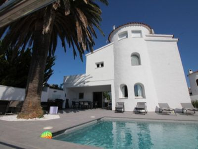 Photo for BEAUTIFUL VILLA 5 ROOMS WITH AMARRE 14 M, SWIMMING POOL AND WIFI