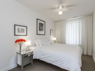Photo for Luxurious and Cozy Oasis on Historic Fabric Row in Queen Village