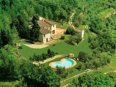 Photo for 4BR Villa Vacation Rental in Pontassieve