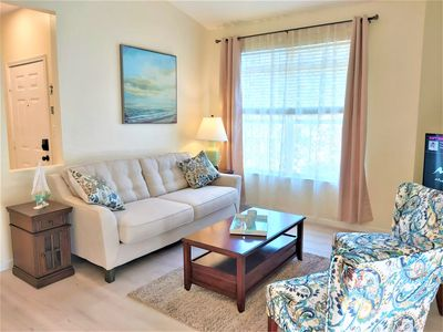 PROMOTION! POOL VIEW - FREE WI-FI and Parking , No upstairs neighbours