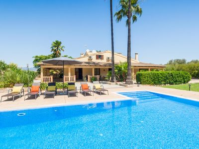 Photo for ES Caulls - 8 Pers. large garden, private pool, air conditioning, WiFi, satellite TV