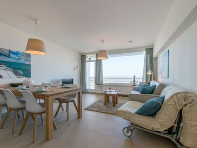 Photo for Cozy studio with sea view in Ostend