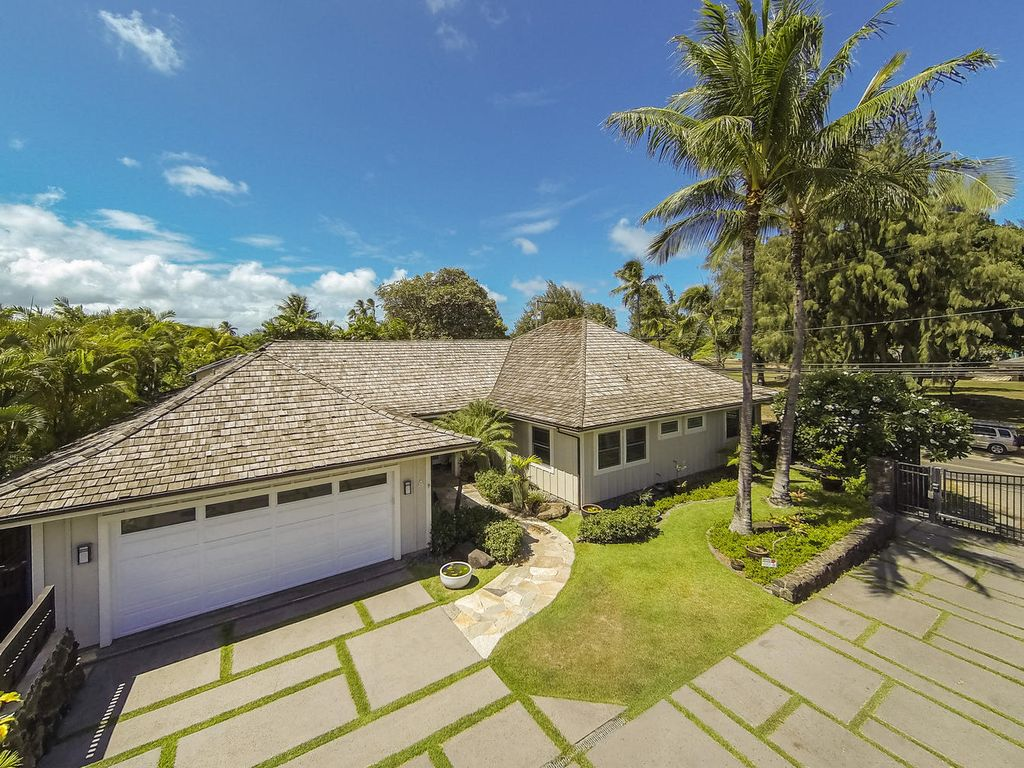 Kailua Beach House Exclusive Vacation Home