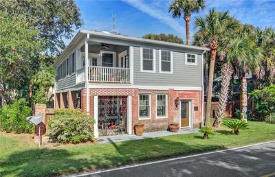 Photo for Beautifully Renovated Home within Walking Distance to the Beach