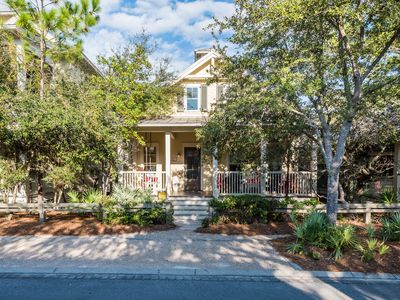 Photo for Executive Access Home! Park District - 2-5 Blocks from the Beach