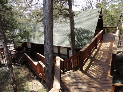 Photo for Gainer 2-LAKEFRONT-Swim Deck-3 Bedroom Cabin. Private Setting.