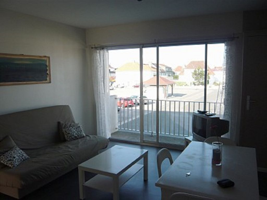 Apartment class 2 a fort mahon in bay of vrbo for Appart hotel fort mahon