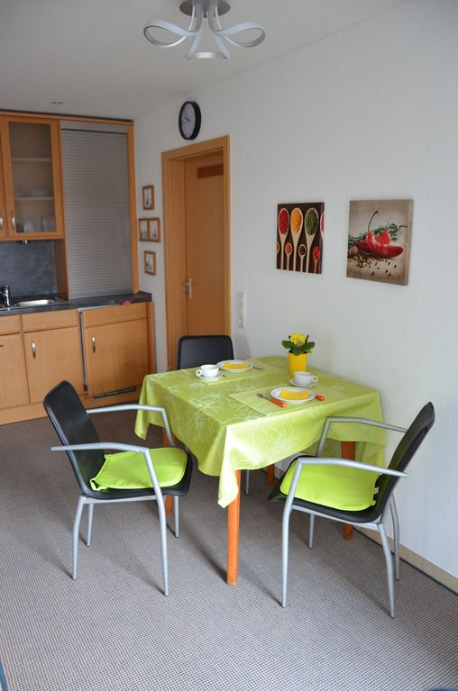 Appartement central à Kleve (accessible, WC séparé. Entrée) - Clèves