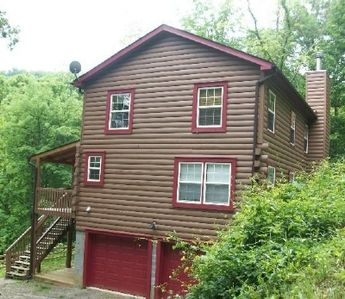 Photo for Morning Glory is a beautifully accommodating home, mountain view, sleeps 12, AC.