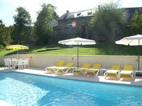 Fantastic, complete accomodation in a beautiful environment well supported by an ...