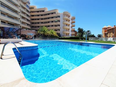 Photo for Marina Mar Cascata - 1 bedroom apartment with pool and sea view 100m from Marina