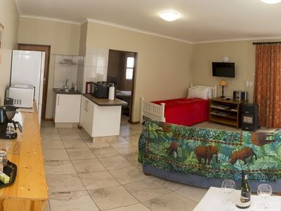 Photo for Spacious one-bedroomed self-catering cottage, ideal for singles or couples.