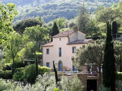 CHARMING VILLA near Cortona with Pool & Wifi. **Up to $-882 USD off - limited time** We respond 24/7