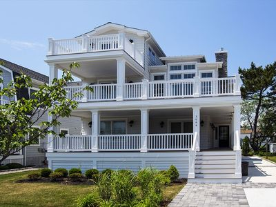 Photo for 4 decks with deck furniture on all for you to relax or for entertaining