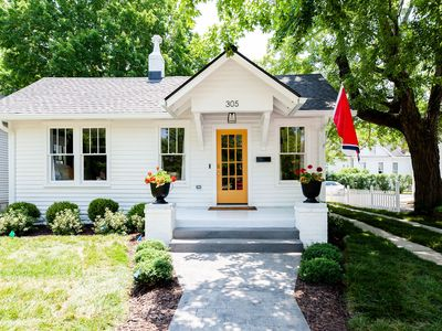 Photo for Charming cottage 1 block from Historic Franklin TN's Main Street