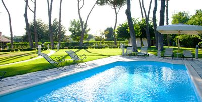 Photo for Park-like setting, near Rome center, family friendly, pool, solarium