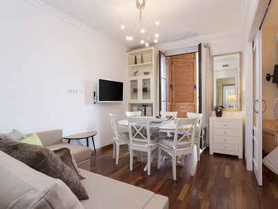 Photo for Beautiful & Luxury Apartment centrally-located