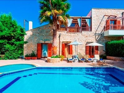 Photo for Stunning Traditional Villa with Private Pool, Lush Gardens and Panoramic Views!