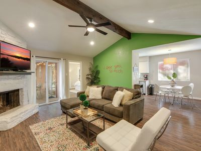 South Lamar Duplex w/ i love you so much Mural | Professionally Cleaned + Hosted By GuestSpaces