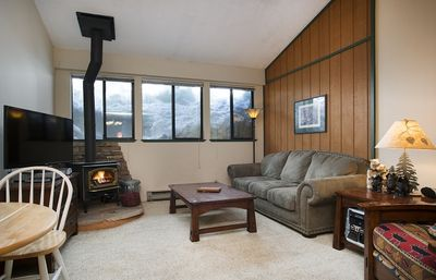 Photo for Cozy 1 Bedroom 1 Bath � One Block to Lifts