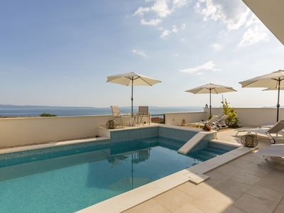 Photo for Lux Apartment Lavander with pool near beach Split