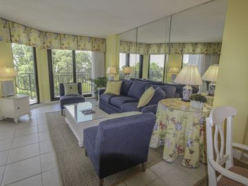 Shipwatch, Isle of Palms vacation rentals: reviews & booking | VRBO