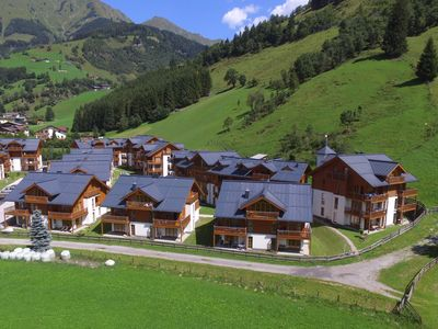 Photo for Spacious holiday home in luxury park in Rauris with swimming pool, sauna.