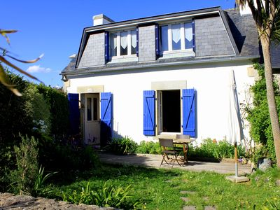 Photo for Charming fisherman's cottage in the heart of Sainte-Marine harbor
