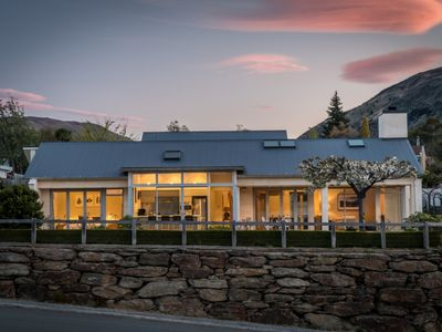 Photo for Modern, luxury home with views of Lake Wanaka and the  mountains.