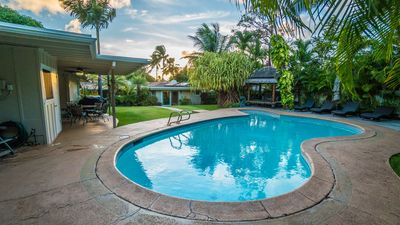 Photo for Private Boutique Resort in Hawaiian Paradise-Lush Backyard, Pool, Wifi & BBQ!