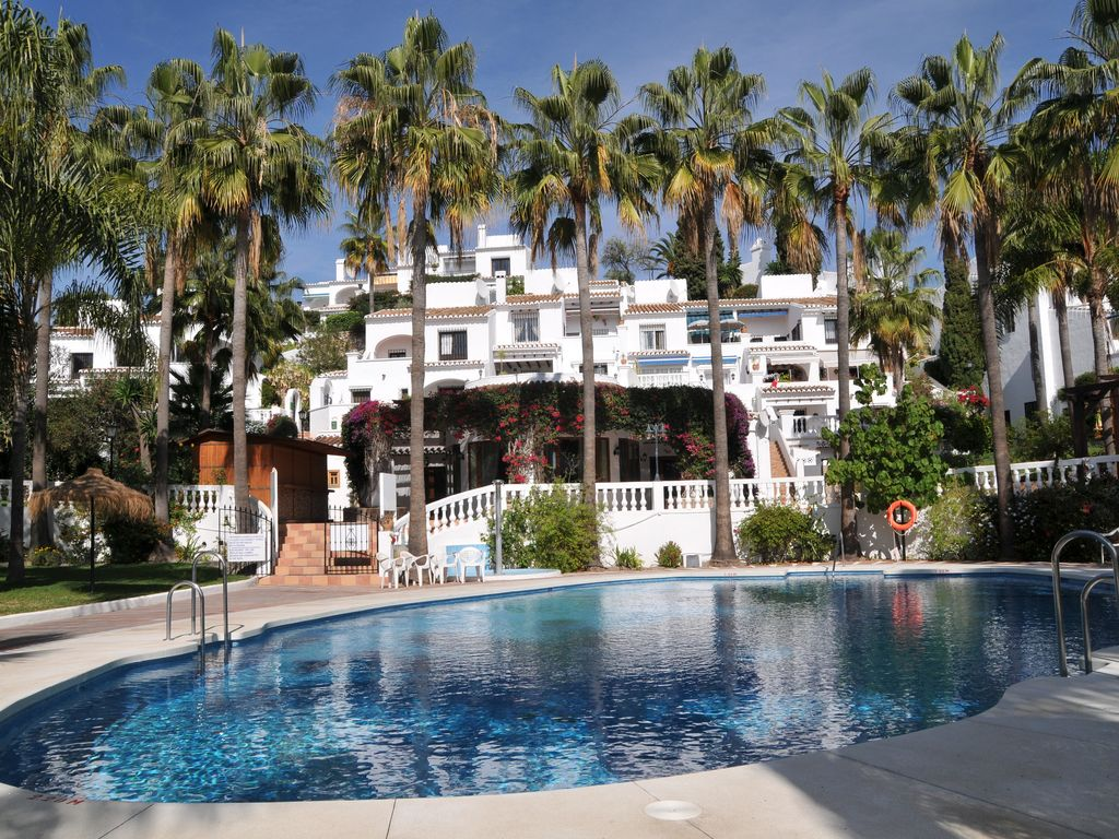 Beautiful Modern 2 Bedroom Apartment in Nerja, Oasis de ...