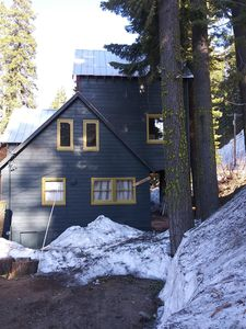 Photo for Newly Remodeled Cabin on Donner Lake