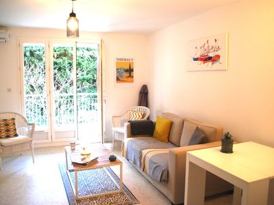 Photo for Air-conditioned apartment near sea!