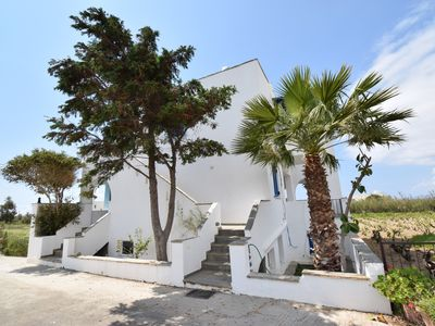 Photo for BAETYLUS self-catering apartment with sea view, near natural beaches of Naxos