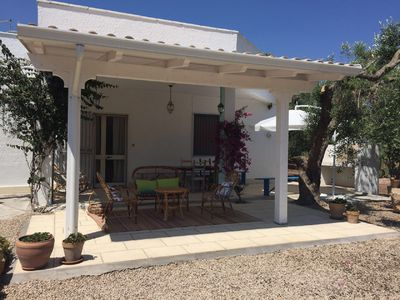 Photo for Single house surrounded by olive trees, 6 beds
