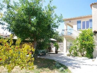 Photo for 90m2 independent villa with garden terrace