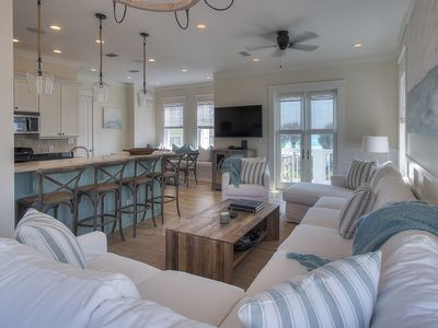 Photo for 4 BD/ Gulf Views/ 70 steps to Pool/ 150 steps to Beach/ Newly Redecorated