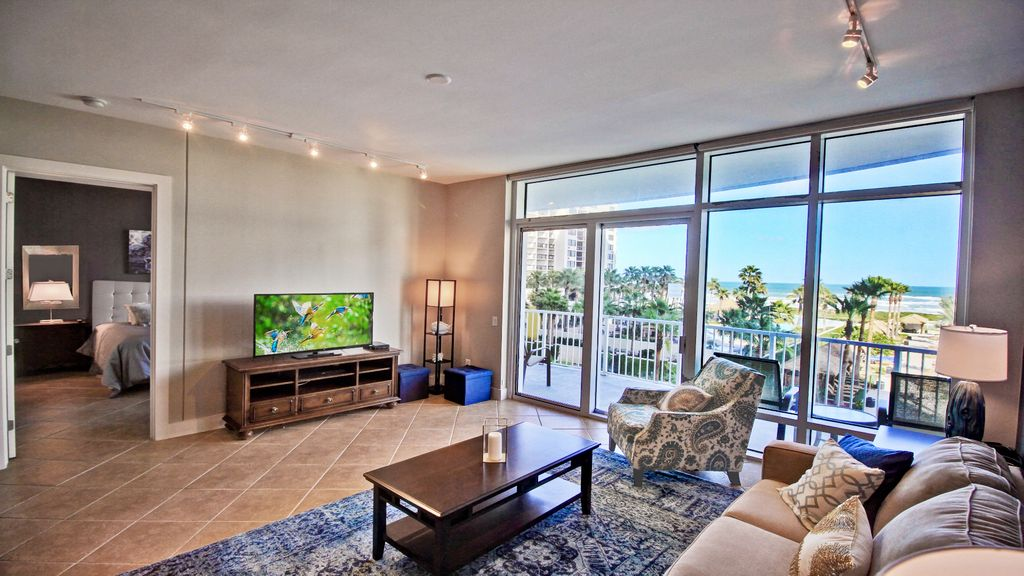 Azul : Luxury Sapphire Ocean Front Condo! Newly Remodeled ... - 1167591