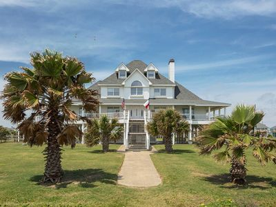 Photo for Gorgeous 9 bedroom beachfront - PERFECT for weddings or large family functions - A Sea Glass Estate