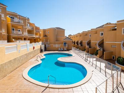 Photo for Quiet apartment with sea view, top floor corner, 3 rooms and 2 bathrooms