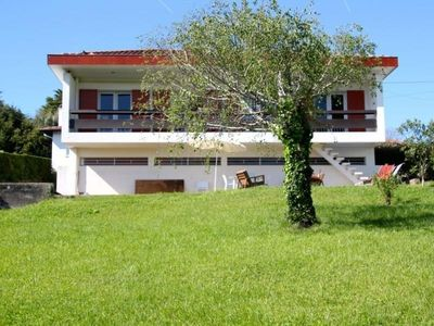 Photo for Villa Ciboure, 3 bedrooms, 8 persons