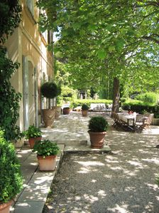 Photo for Bastide 5 double bedrooms in beautiful park with pool in dominant position