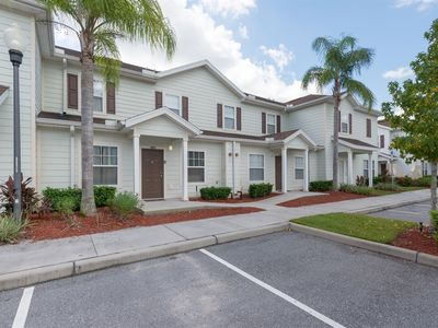 Photo for Awesome Paradise close to Disney - 3 Bedrooms