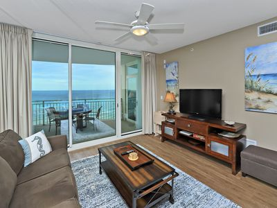 Photo for AMAZING VIEWS&WALKING TO PIER PARK! OPEN 9/28-10/5! BCH SRVC INCLUDED!