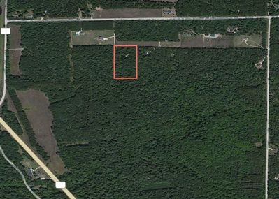 Cabin on 6 wooded acres & 260 acres of DNR land directly behind to explore!