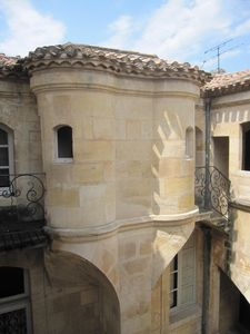 Photo for Stunning rental in Bordeaux, air-conditioned, elegant