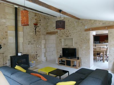 Photo for Town house in peaceful setting 10 minutes from Bordeaux center